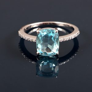 Elegant and Affordable Engagement Ring in Sterling Silver